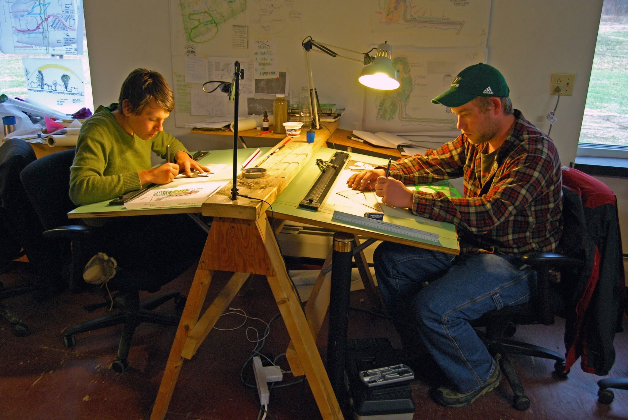 Students in a Yestermorrow studio.